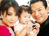 Trương Ngọc Ánh: Tin chồng để giữ hạnh phúc