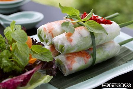3 nhà hàng Việt 'cực hot' ở Singapore